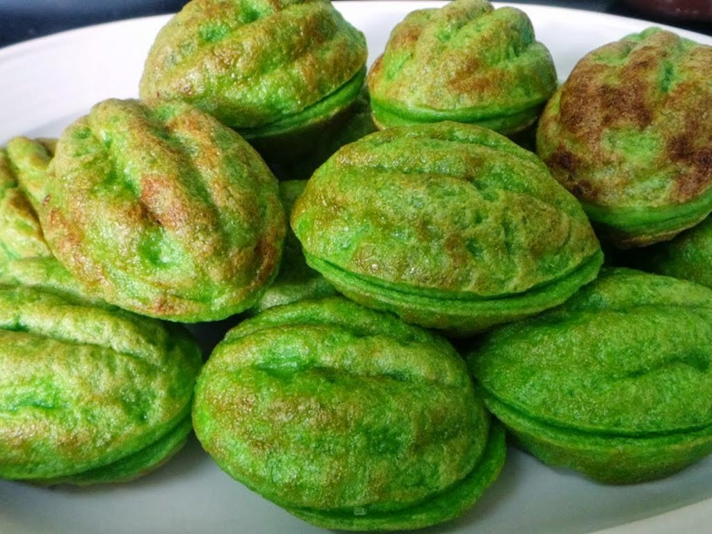 Try Eating Famous Cakes That Are Found In the South Asian Country.